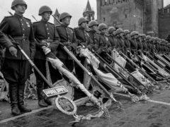 Главархив рассказал о том, как прошел исторический Парад Победы в 1945 году