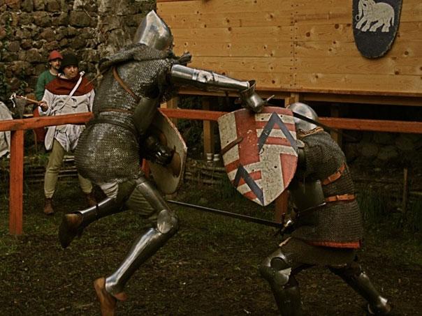 Рыцарские гербы на щитах были своего рода визиткой своих обладателей