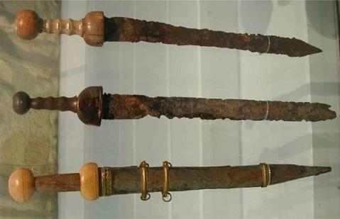 Гладиусы из музея