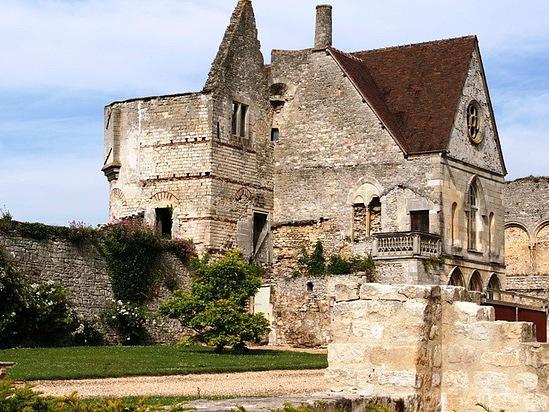 тысячелетний замок