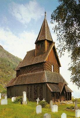 Деревянная церковь в Урнес