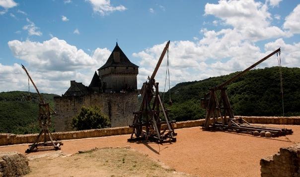метательные орудия защитников крепости