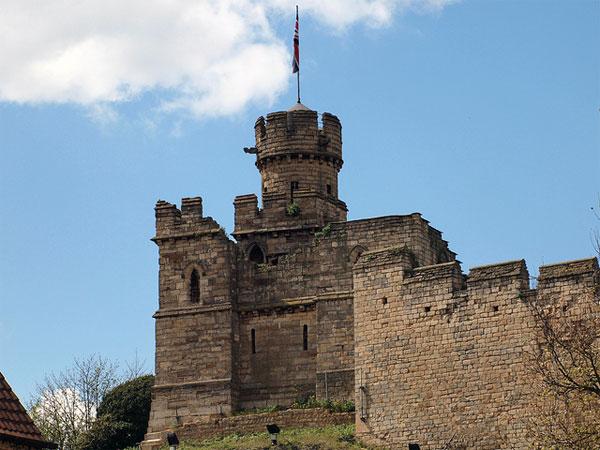 Замок Линкольн