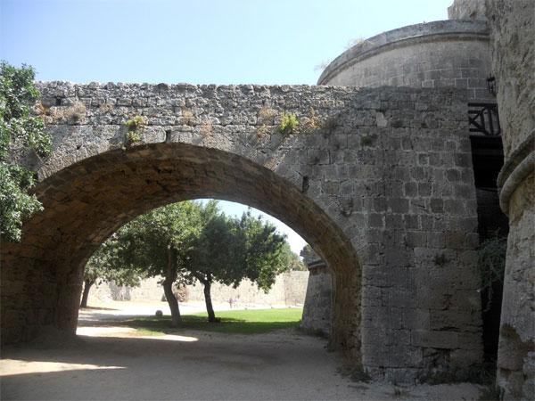 Ворота-Д`Амбуаз
