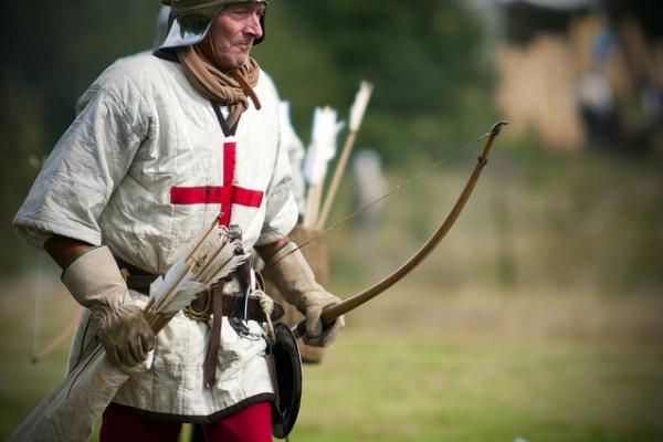 Английский стрелок и его длинный лук