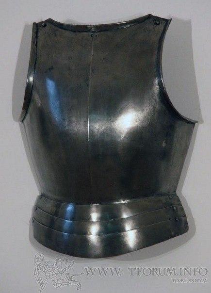 Нагрудник, 15-й век