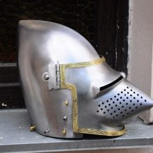 Шлем бацинет (1): триста лет в строю