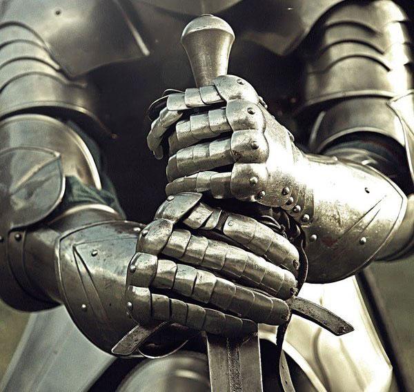 рыцарские доспехи в битве при Тоутоне