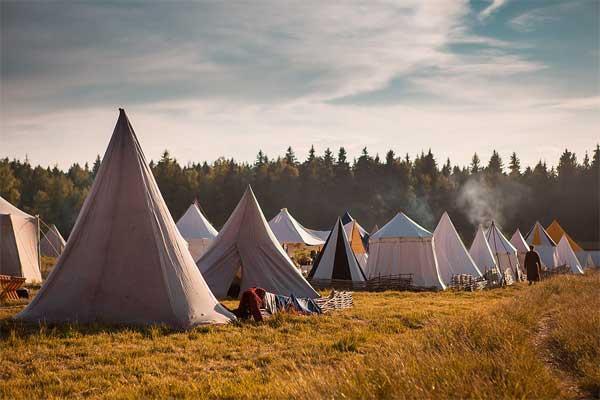 лагерь шведов