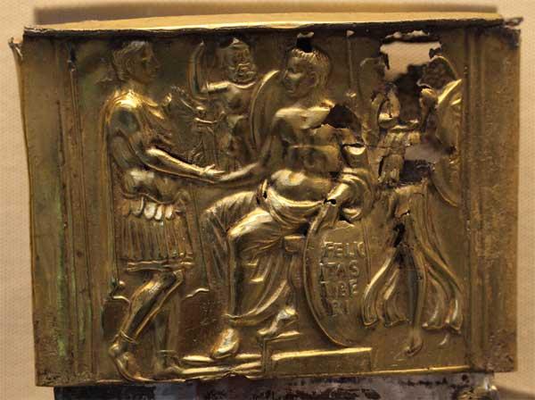 Украшение устья ножен меча Тиберия