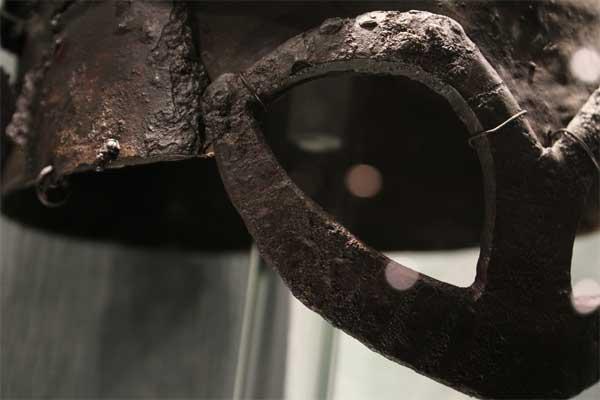 шлем викинга из Гъермундбю_02