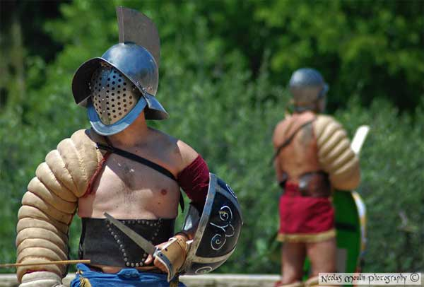 Шлем гладиатора-реконструктора