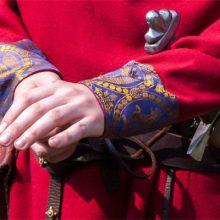 Сколько весит меч князя Александра Невского?