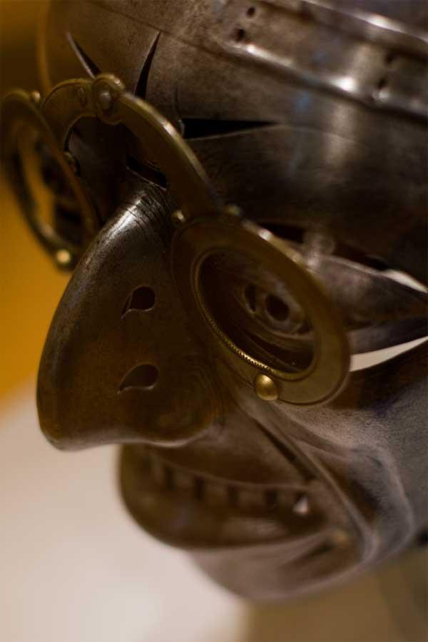 Рогатый шлем короля Генриха VIII_003