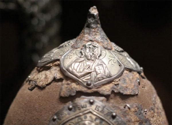 навершие шлема князя Ярослава