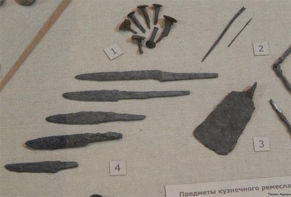 древние ножи_Гнездово