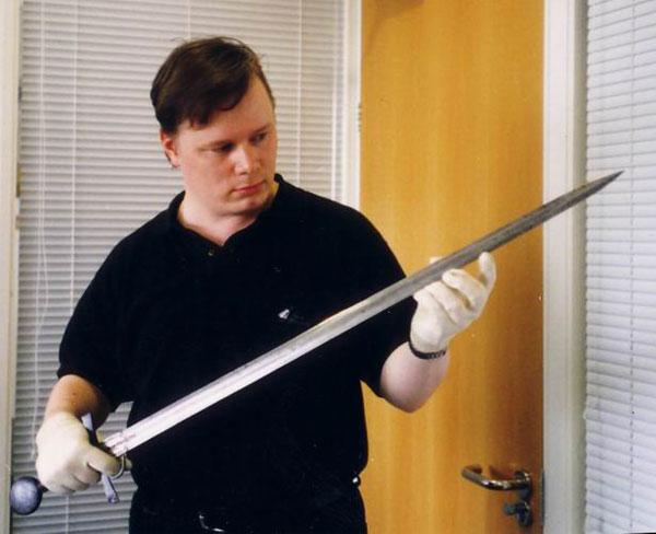 гарда меча с кольцом