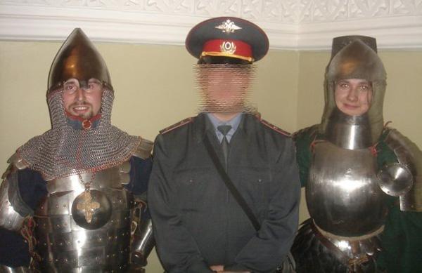 Полиция и мечи