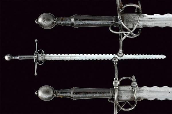 Пламенеющий меч бастард